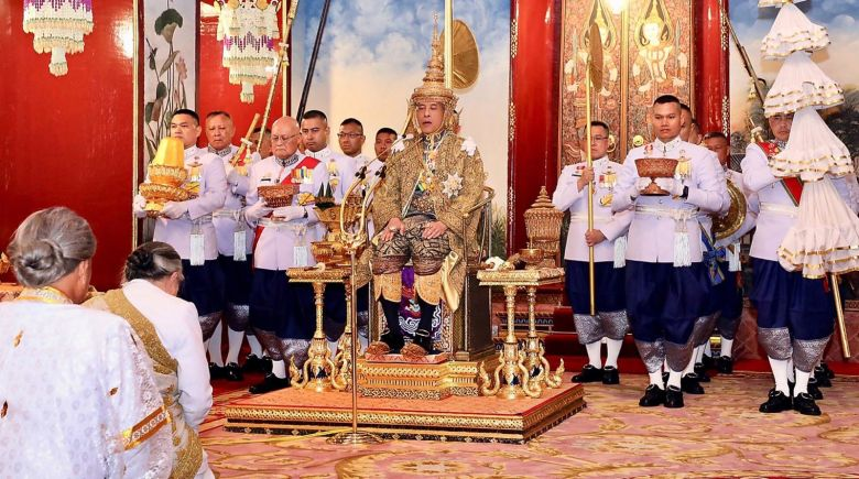 https3a2f2fcdn.cnn_.com2fcnnnext2fdam2fassets2f190504114853-29b-thai-king-coronation-0504